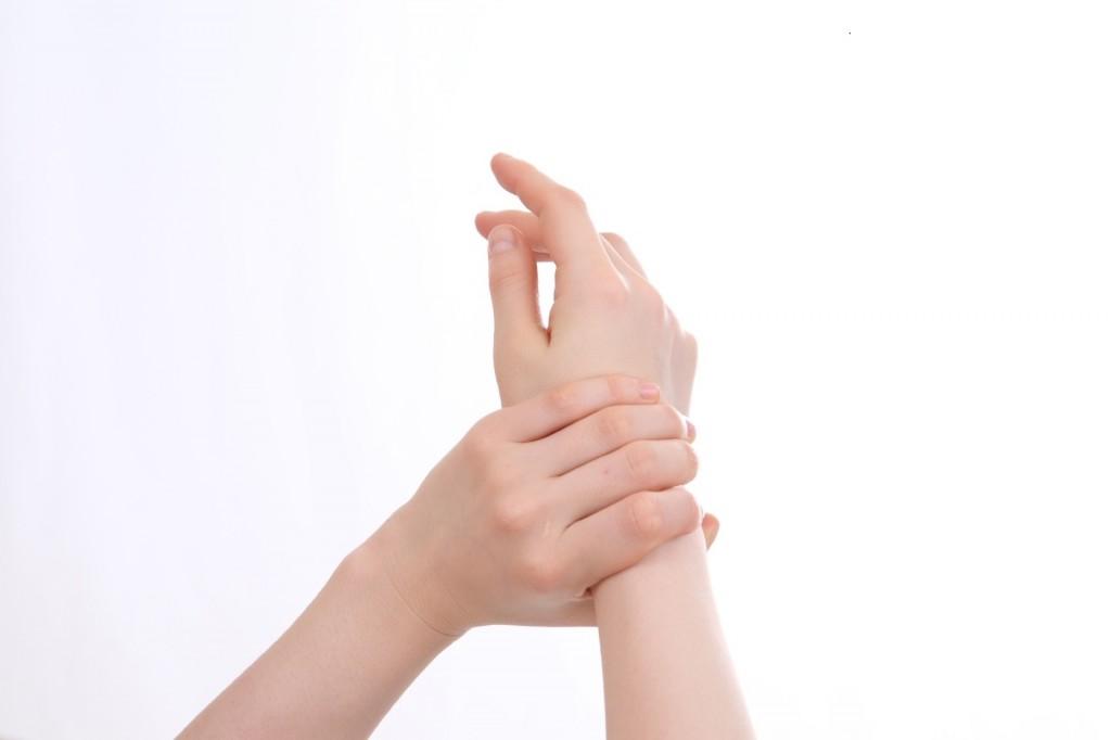 hand2a